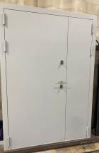 Входная дверь Фортеза Хаски 4/2   Встроенная система обогрева двери